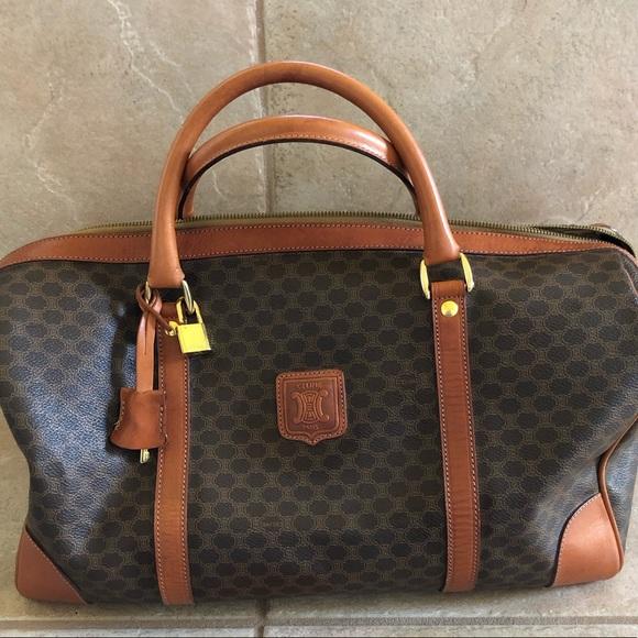 a40d4136c7 Celine Keepall Luggage Boston Bag. M 5bfdb3b6de6f62bdf22a0bd8